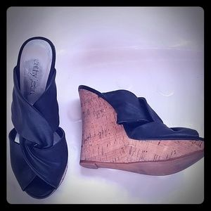 Cathy Jean Cork Wedges Size 7 in black